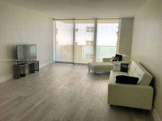 1200  West Ave #1018 For Sale A10816383, FL