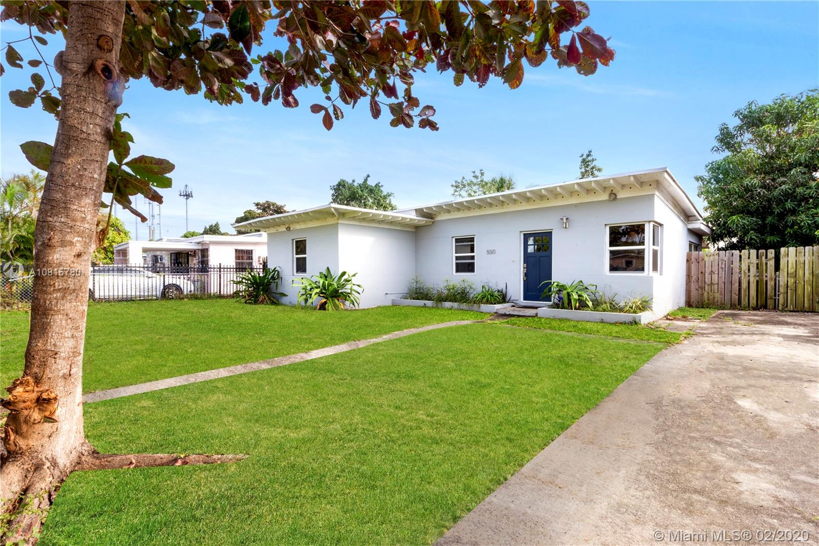 550 NW 116th St  For Sale A10815780, FL
