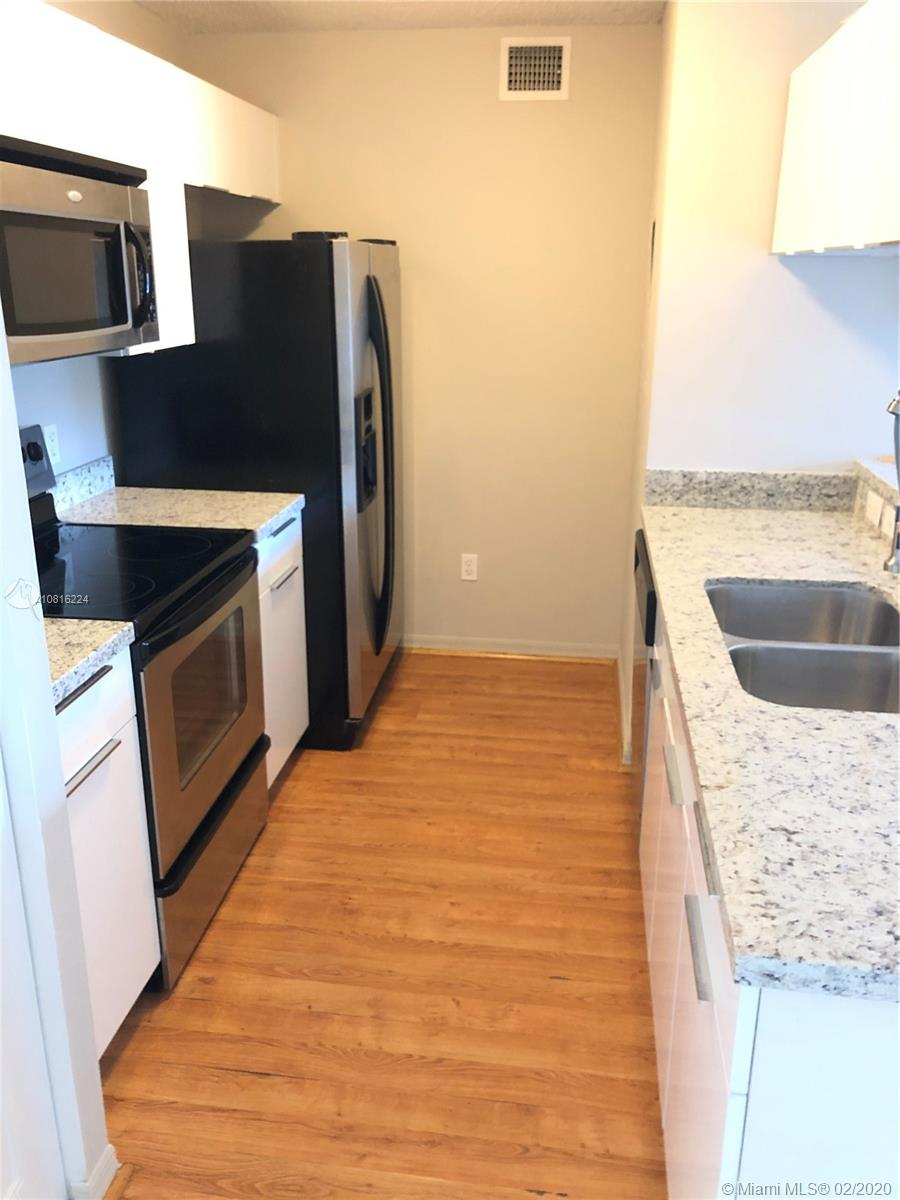 460 S Park Rd #6-210 For Sale A10816224, FL