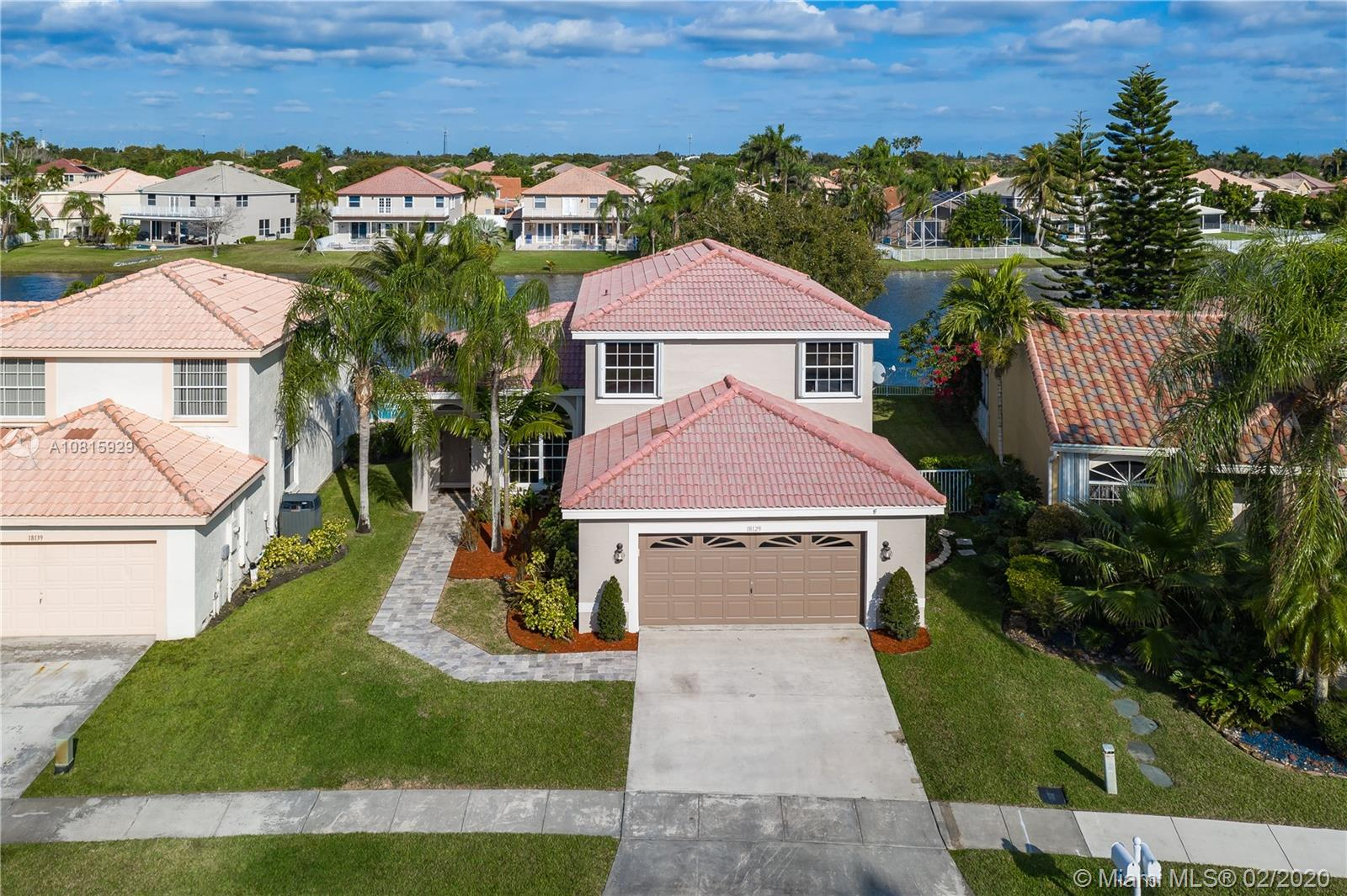 18129 SW 3rd St  For Sale A10815929, FL