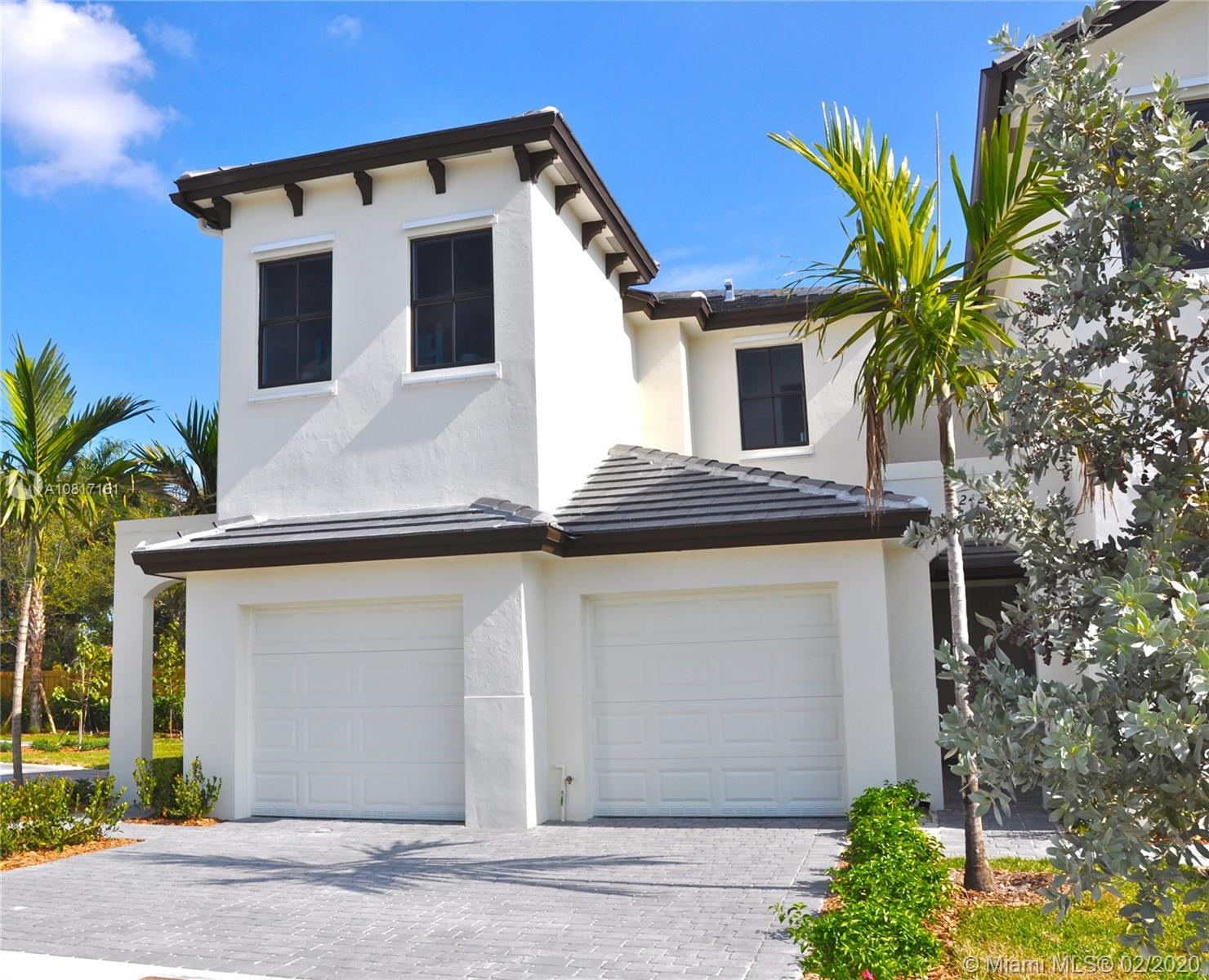 22605 SW 102nd Ave #22605 For Sale A10817161, FL