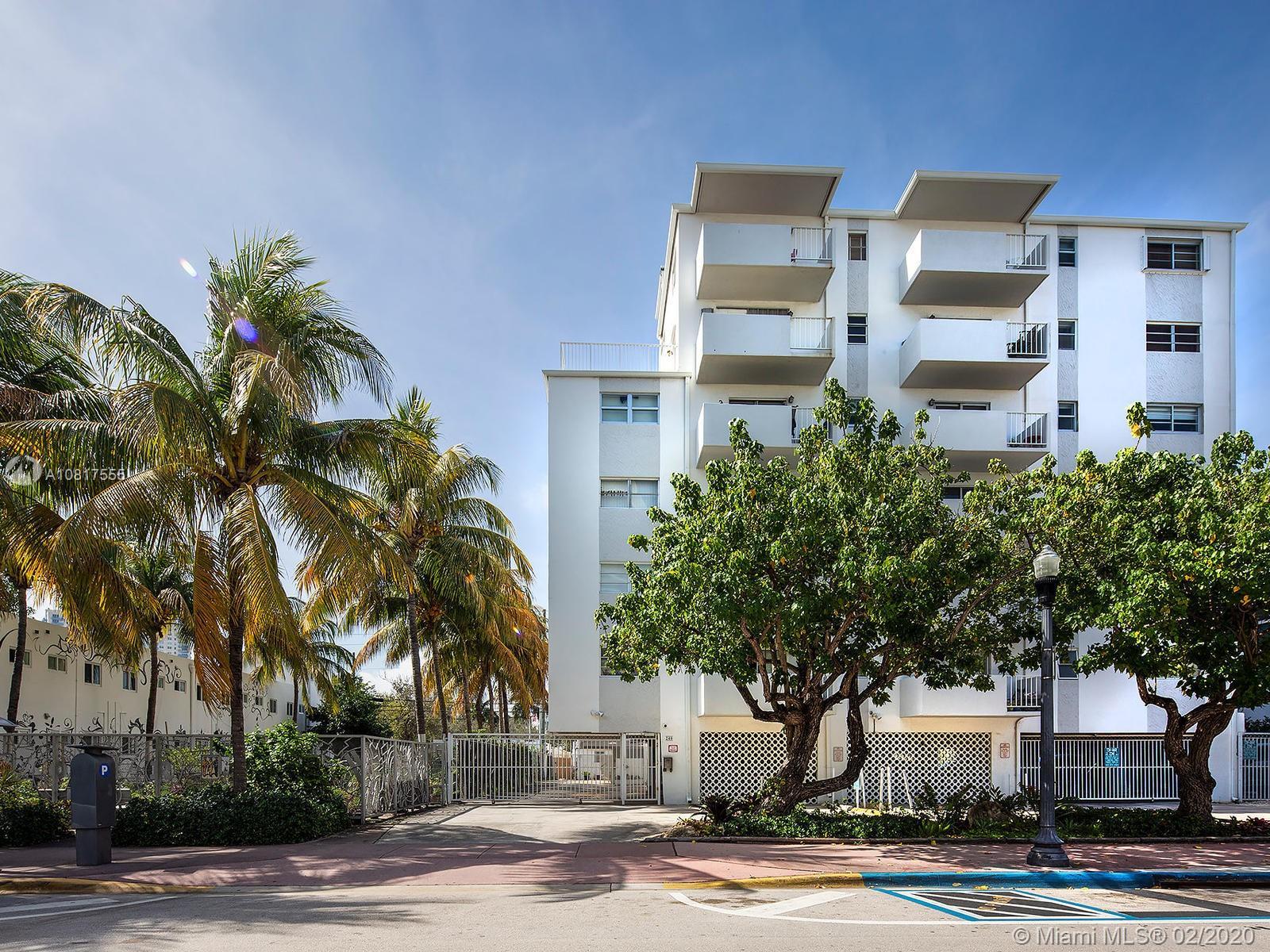 240  Collins Ave #2E For Sale A10817555, FL