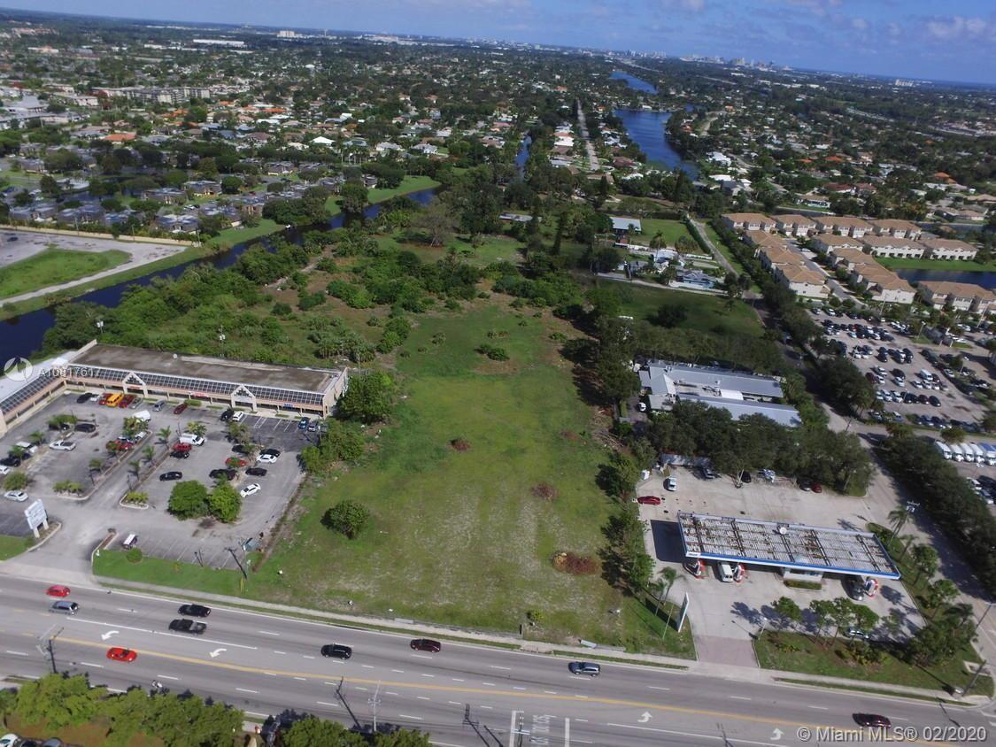 N 10th Ave N, Lake Worth, FL 33461