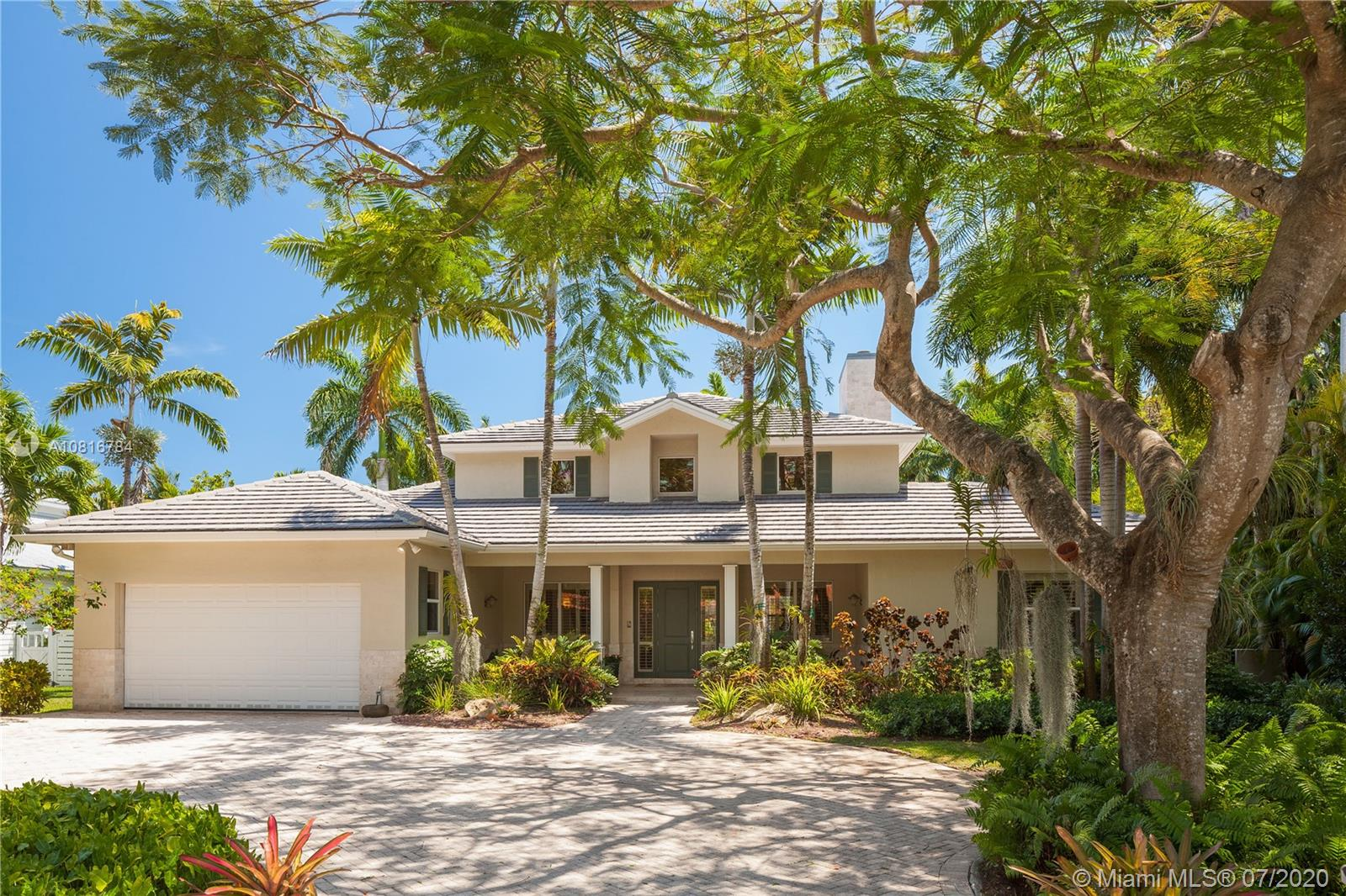 6440 SW 85th St  For Sale A10816784, FL