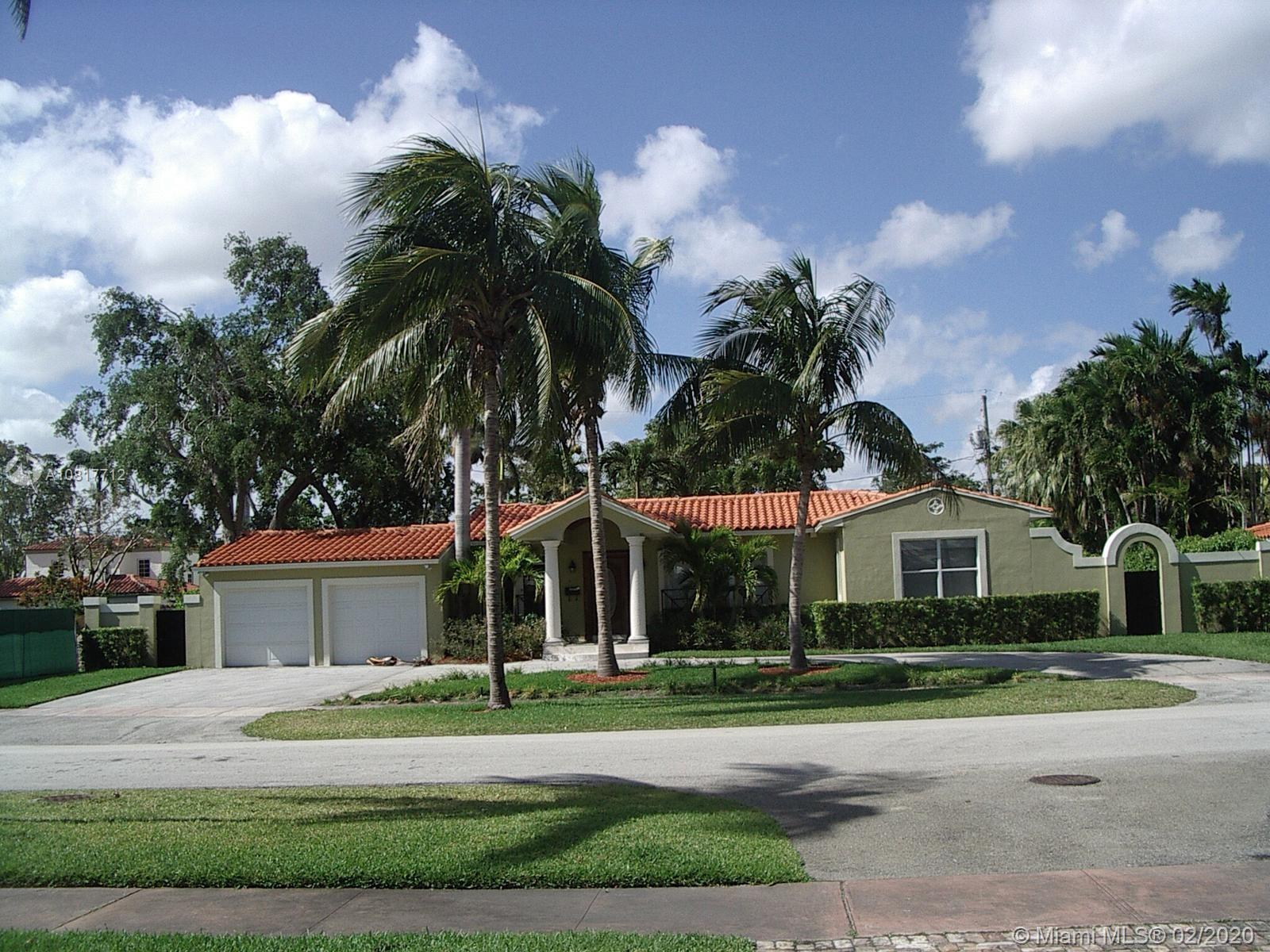 421  Luenga Ave  For Sale A10817712, FL