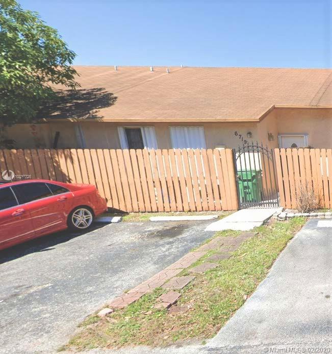 6719 NW 192nd Ln  For Sale A10817726, FL