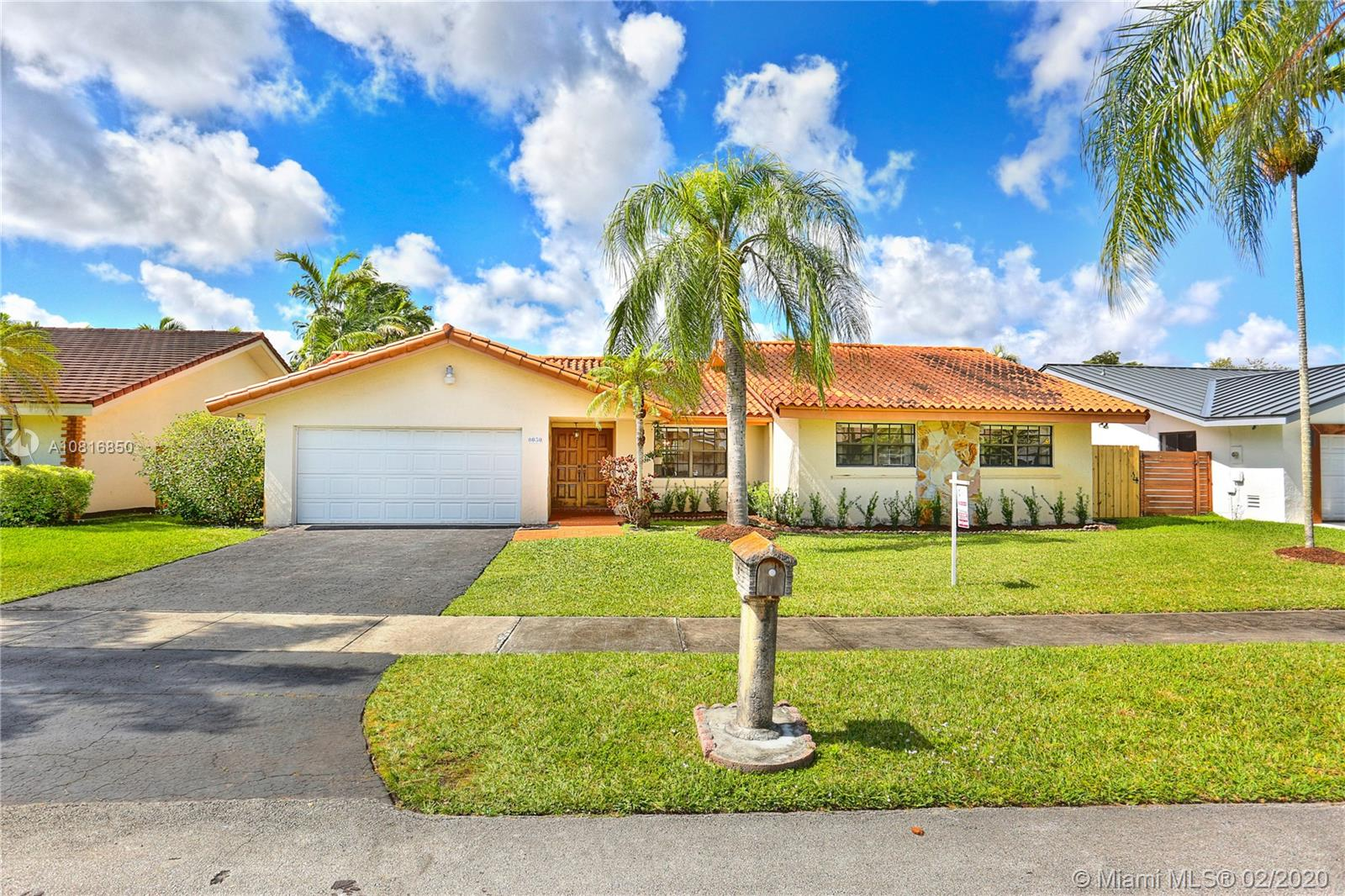 8030 SW 89th Ct  For Sale A10816850, FL
