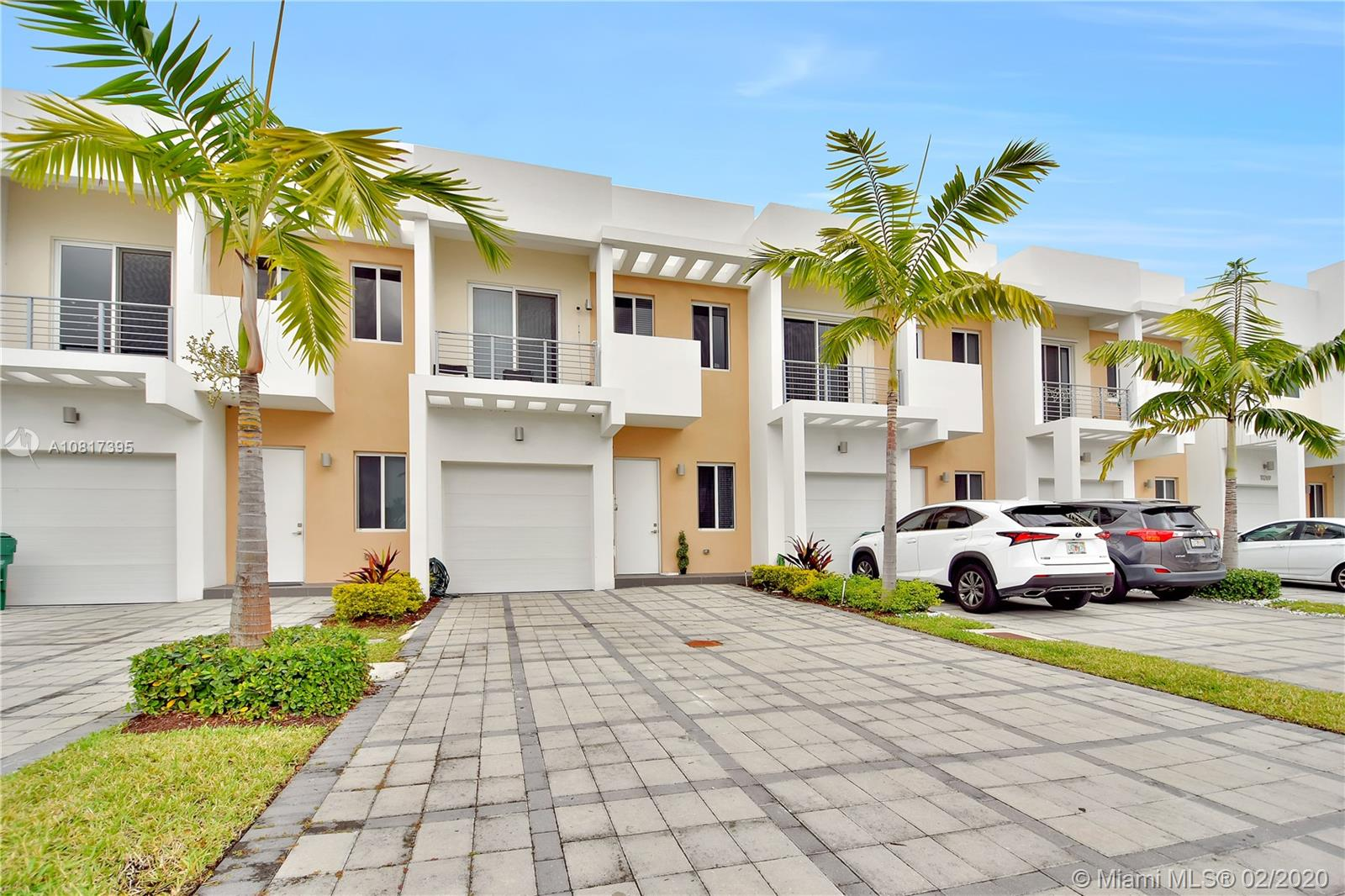 10270 NW 71st Ter  For Sale A10817395, FL