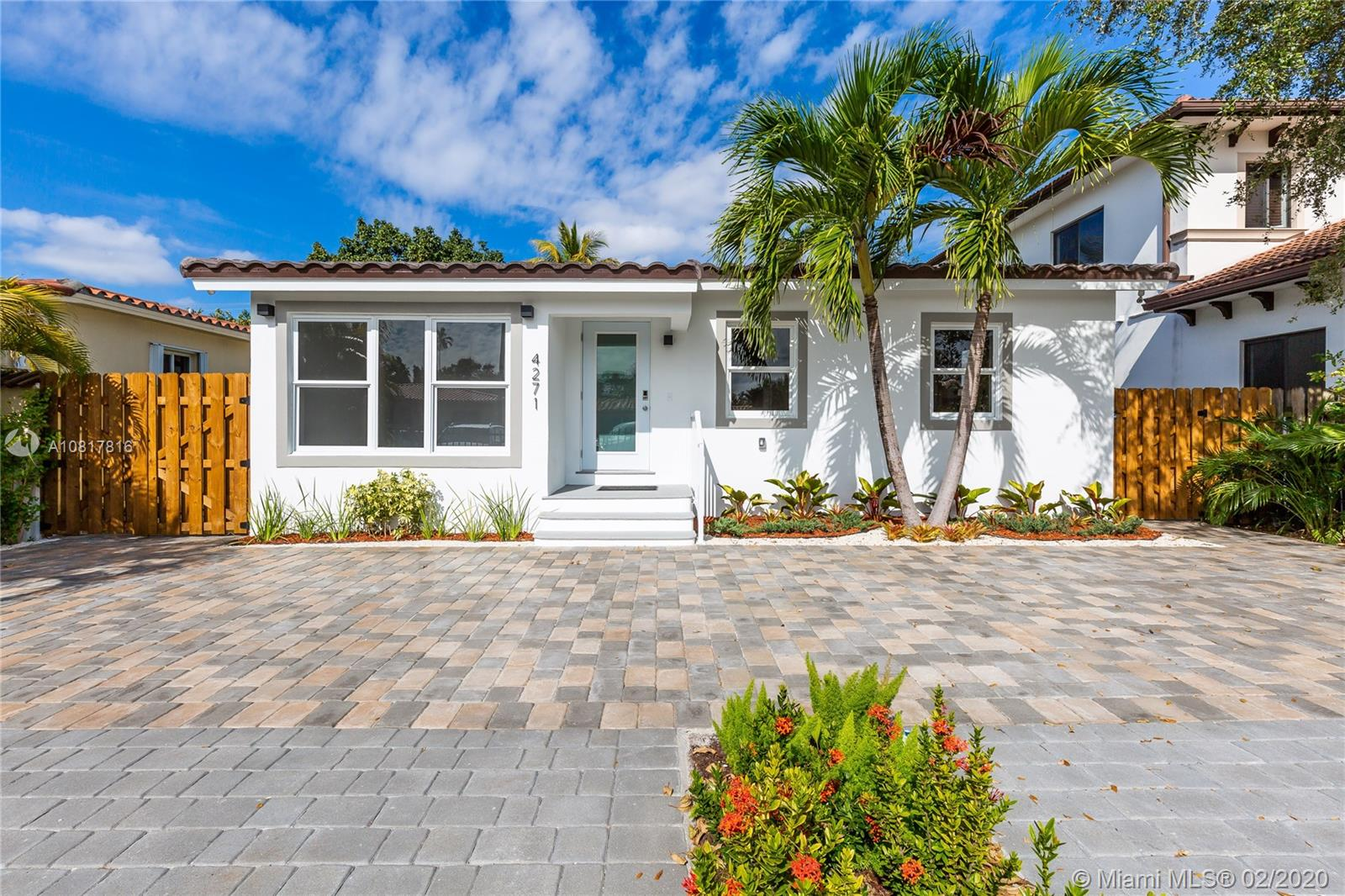 4271 SW 10th St  For Sale A10817816, FL