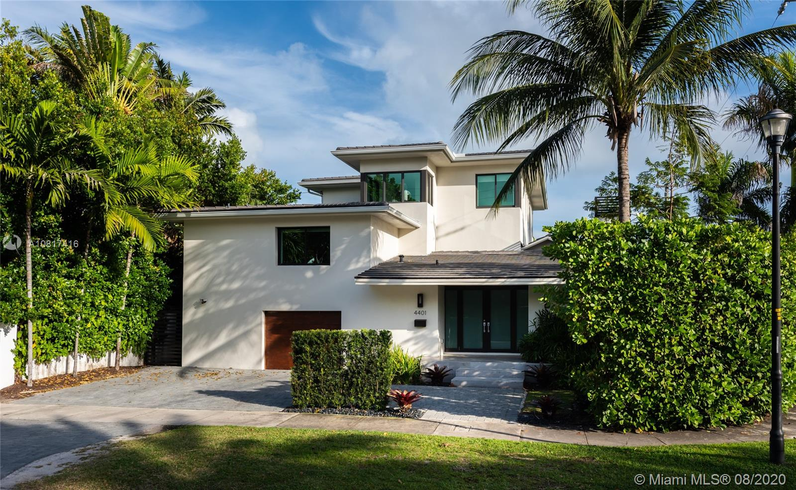 4401 N Bay Rd  For Sale A10817416, FL