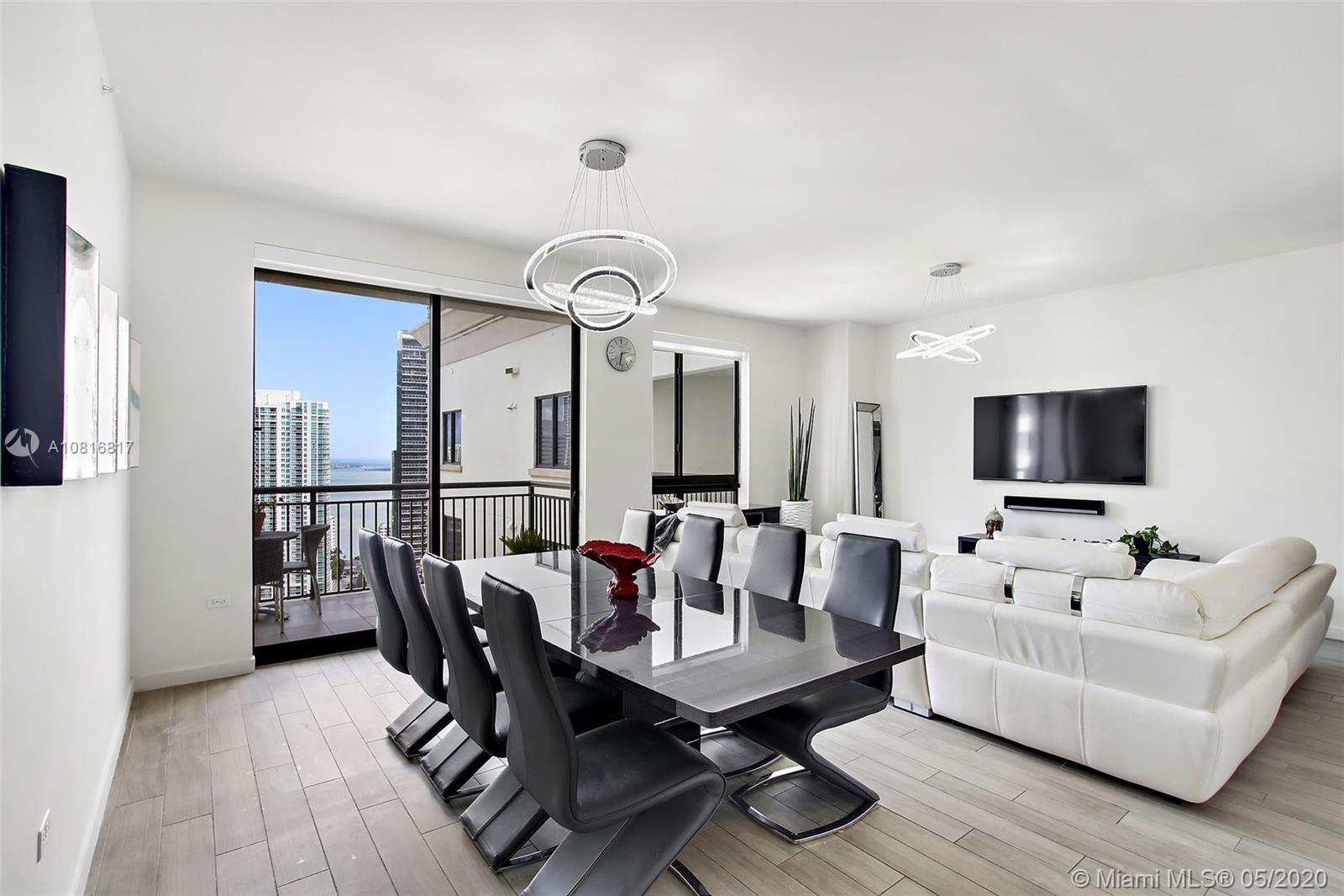 999 SW 1st Ave #UPH05 For Sale A10816817, FL