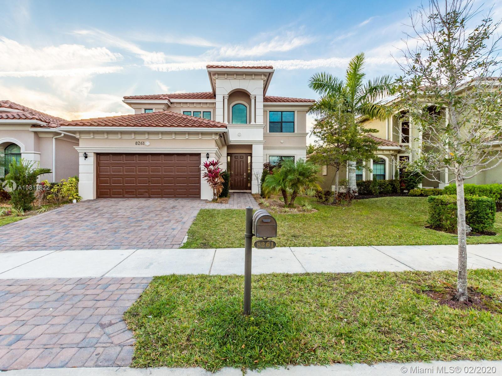 8261  Canopy Ter  For Sale A10811822, FL