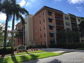 1610  Presidential Way #409 For Sale A10815408, FL