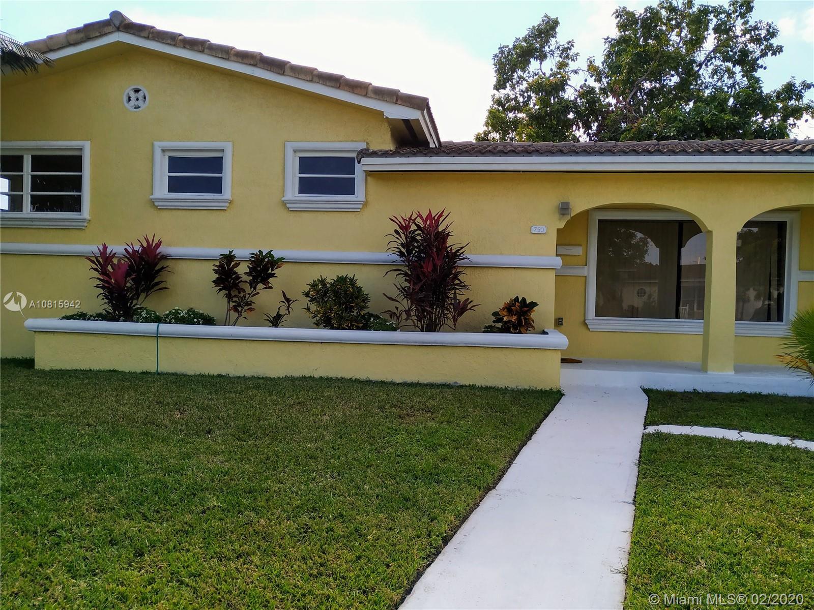 750 NW 187th Dr, Miami Gardens, FL 33169