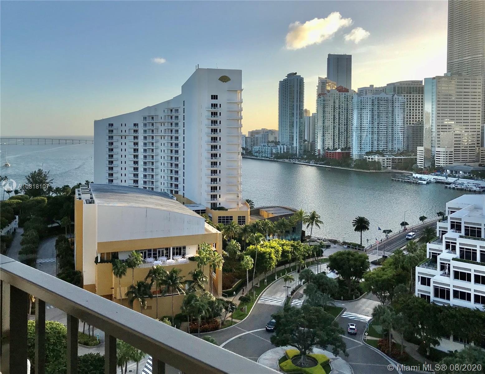 520  Brickell Key Dr #A1717 For Sale A10818107, FL