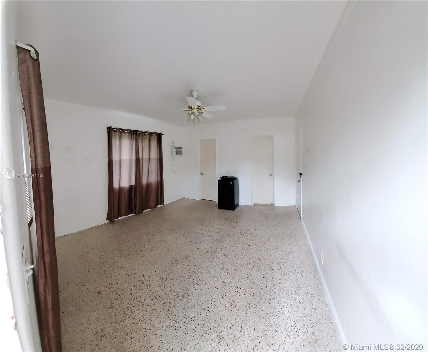 2032  Monroe St #2 For Sale A10818113, FL