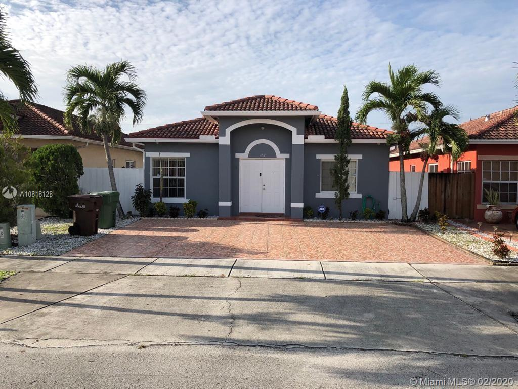 452 W 69th Pl  For Sale A10818128, FL