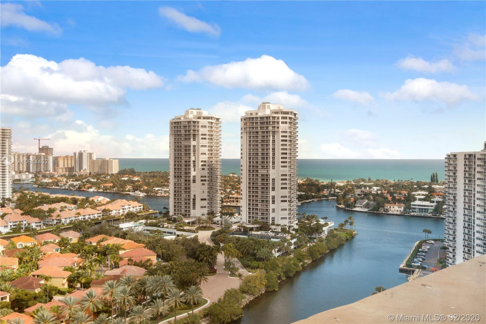 3701 N Country Club Dr #PH-01 For Sale A10814452, FL