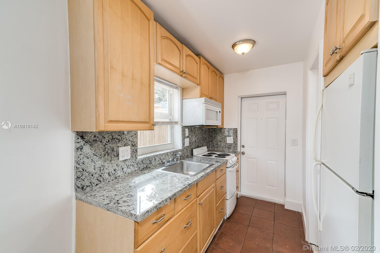 1901  Mckinley St #3 For Sale A10818142, FL