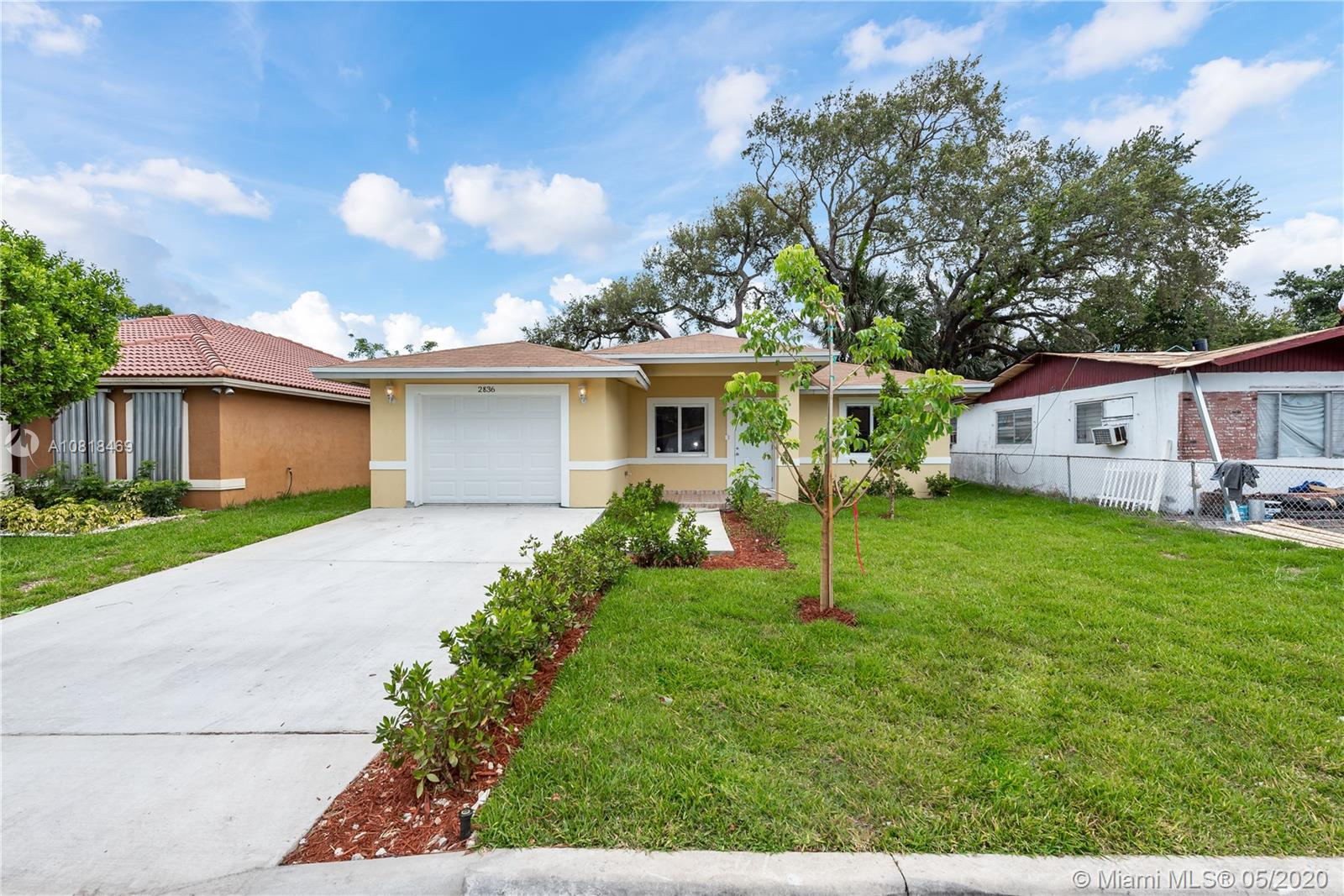 2836 NW 8th St  For Sale A10818469, FL