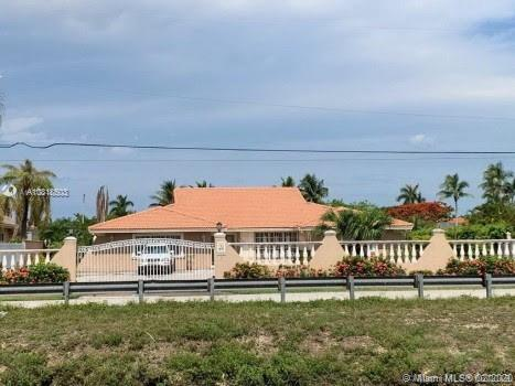 2931 SW 132nd Ave  For Sale A10818503, FL
