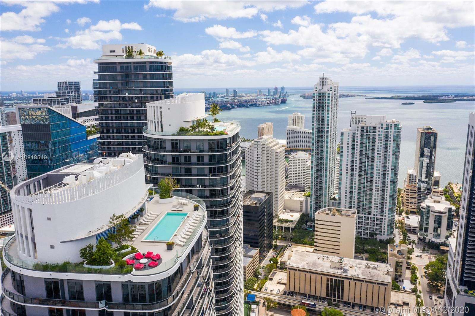 55 SW 9th St #1009 For Sale A10818540, FL