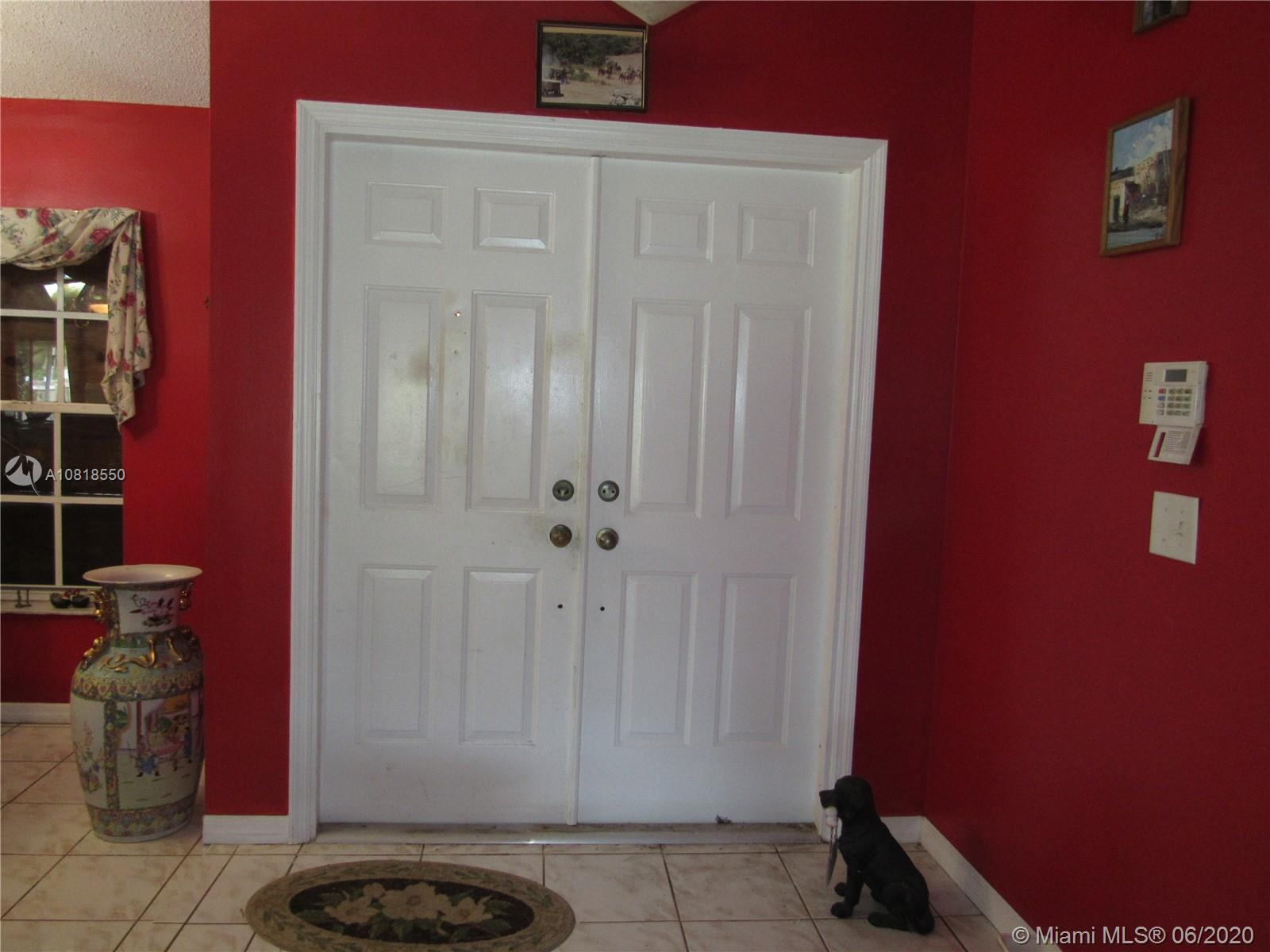 1535 NW 16th Ter  For Sale A10818550, FL