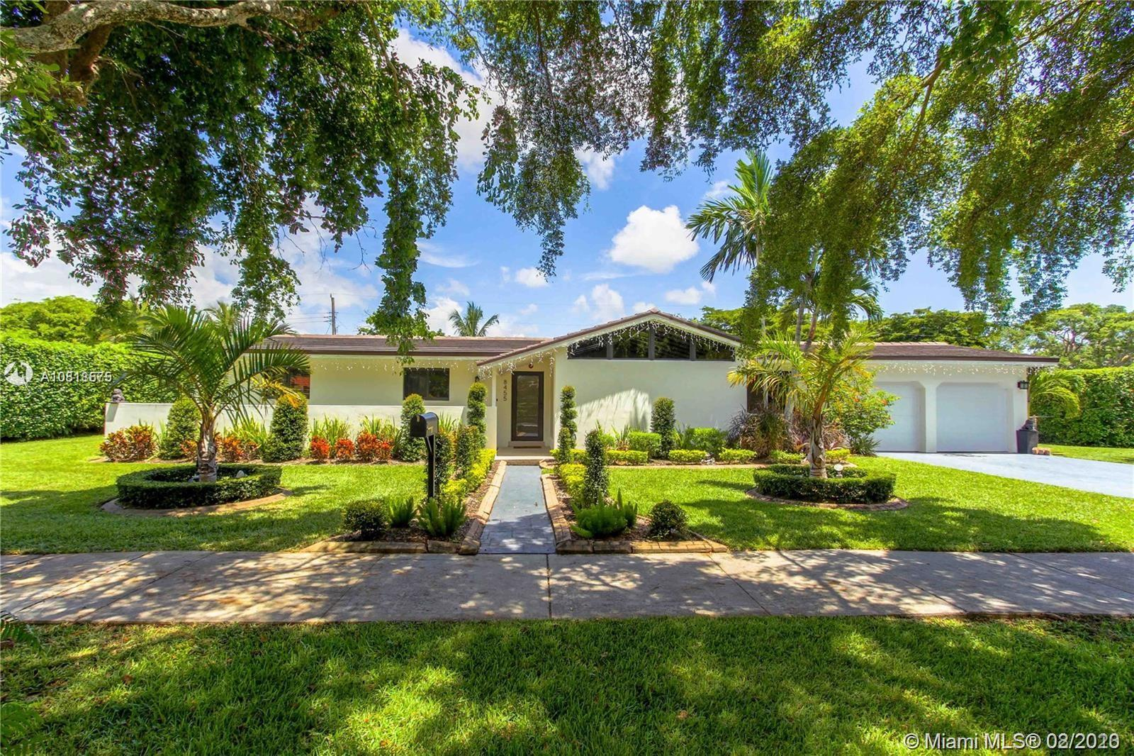 8455 SW 104th St  For Sale A10818575, FL
