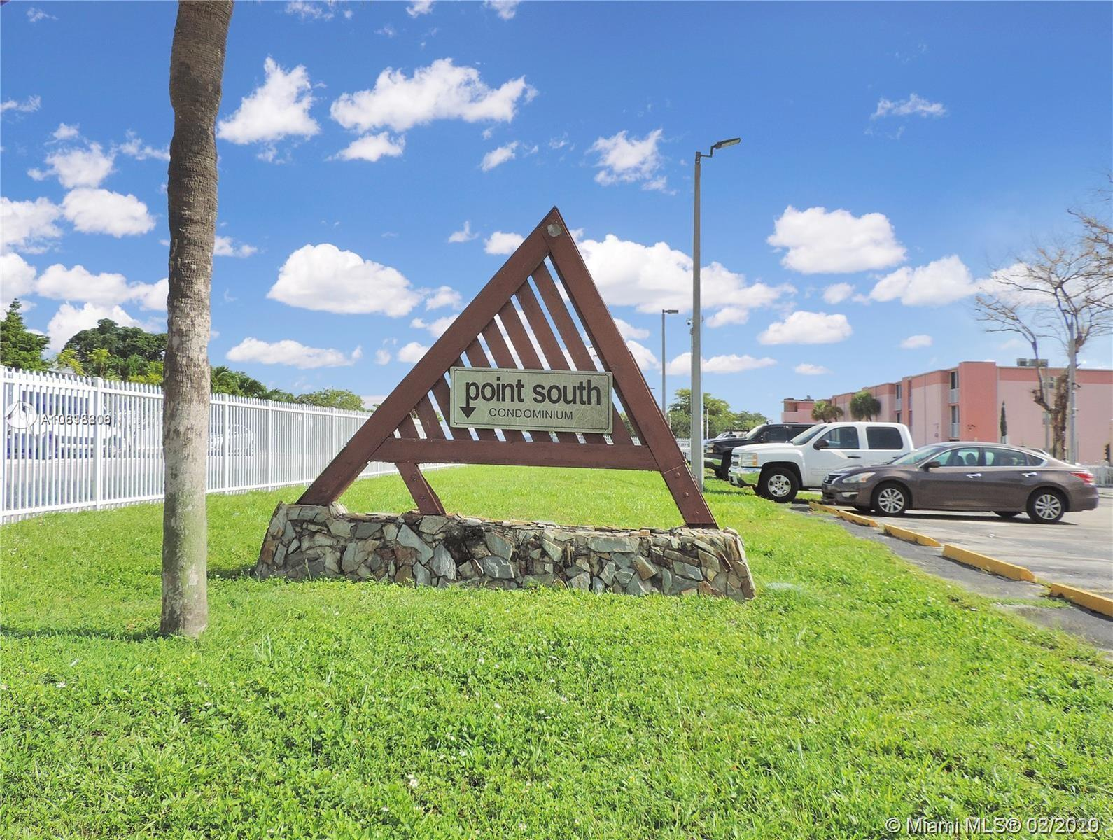 Nice apartment with 2 large bedrooms, this unit is very spacious, in a well maintained building, gated community and very quiet, very close to US1, easy access to the Turpinke. Close to the south mall, walmart, supermarkets, banks and schools.