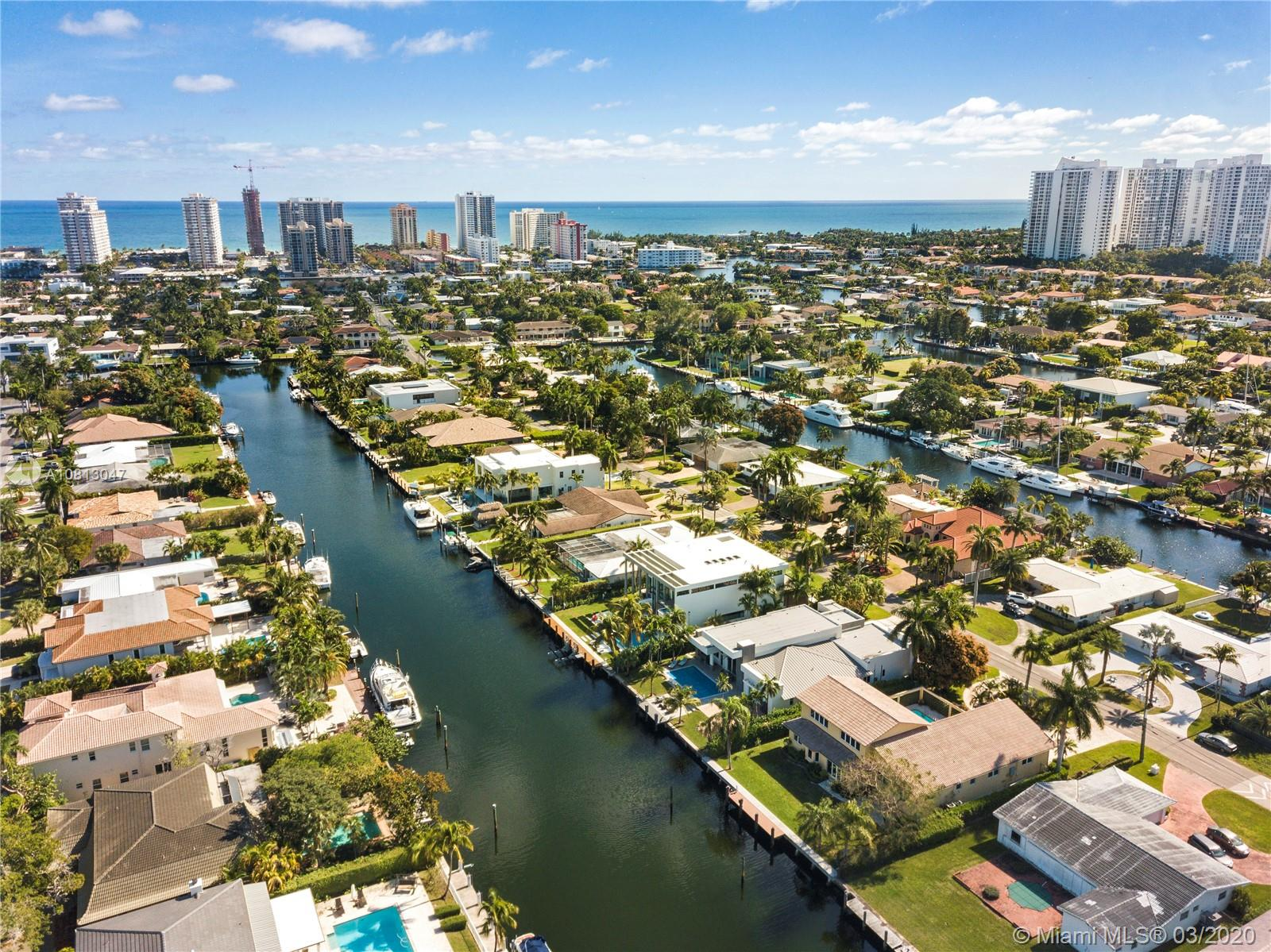 472  Sunset Dr  For Sale A10813047, FL