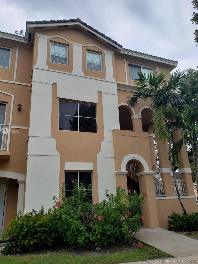 17710 NW 73rd Ave #207-20 For Sale A10818942, FL