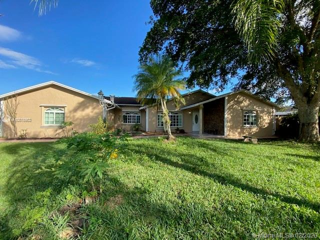 1714 N Curlew Ln, Homestead, FL 33035