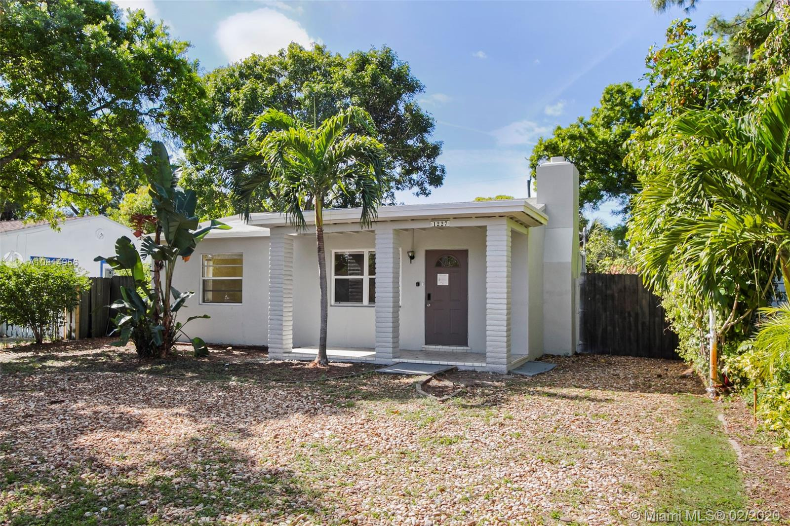 1227 NW 2nd Ave  For Sale A10814956, FL