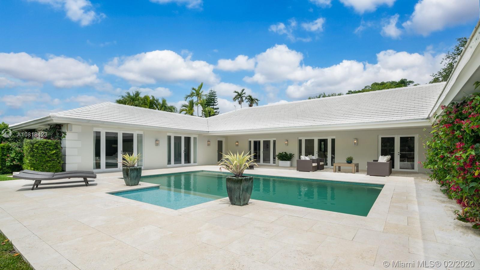 4722  Granada Blvd  For Sale A10818423, FL