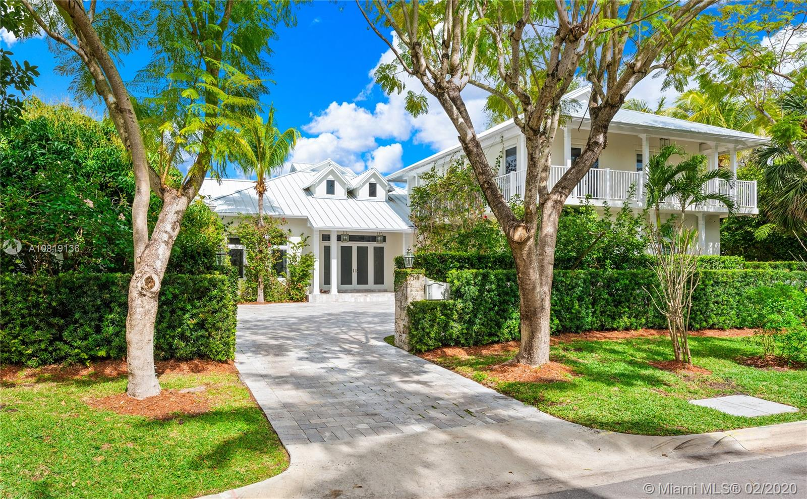 761  Buttonwood Ln #. For Sale A10819136, FL