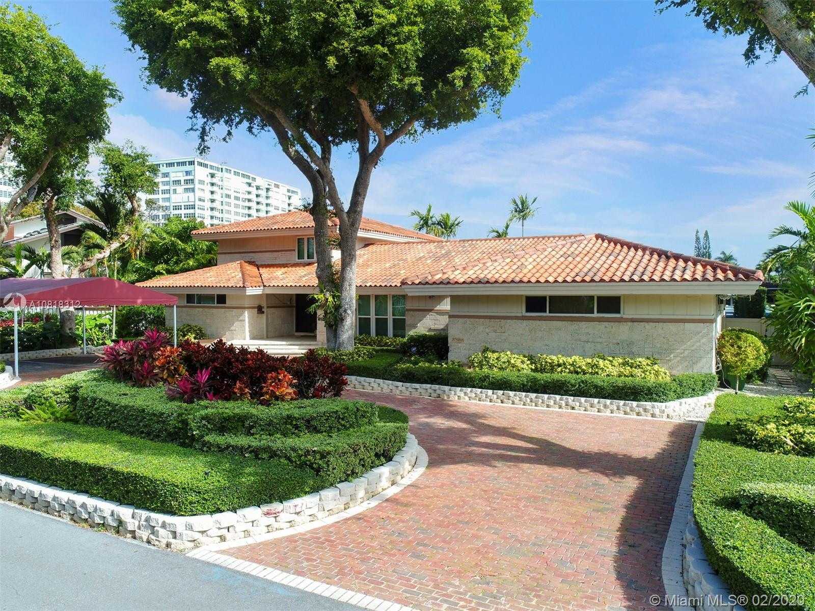 2015 NE 120th Rd, North Miami, FL 33181