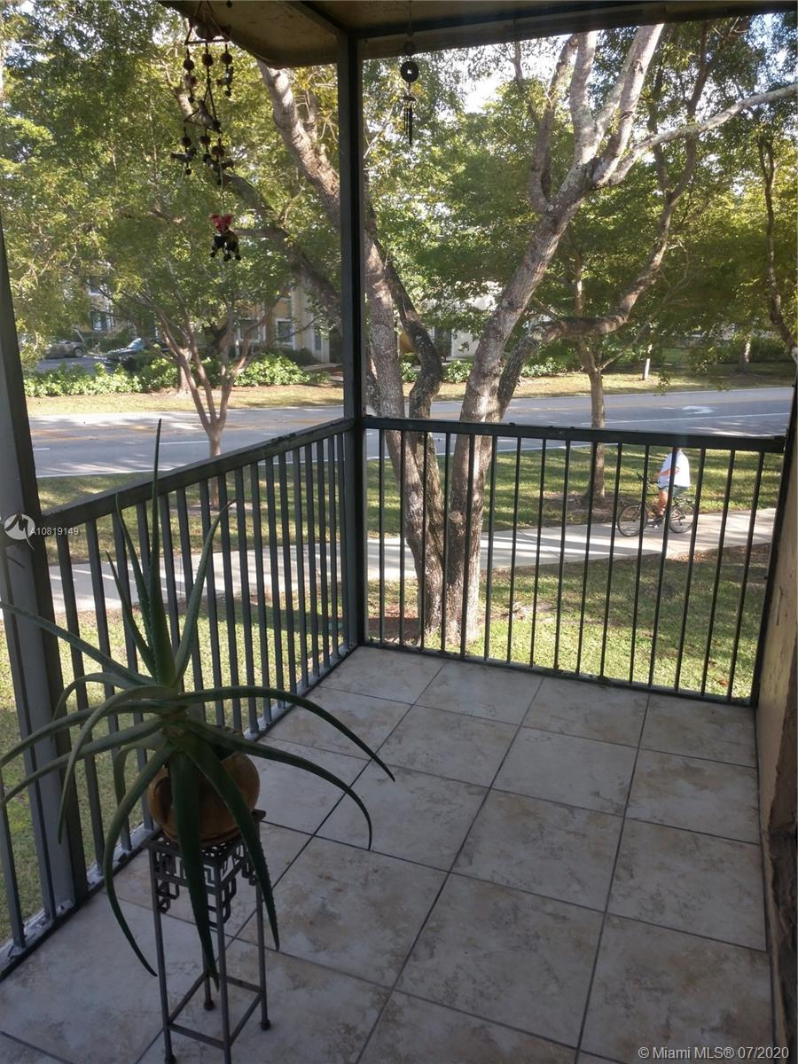 427  Lakeview Dr #204 For Sale A10819149, FL