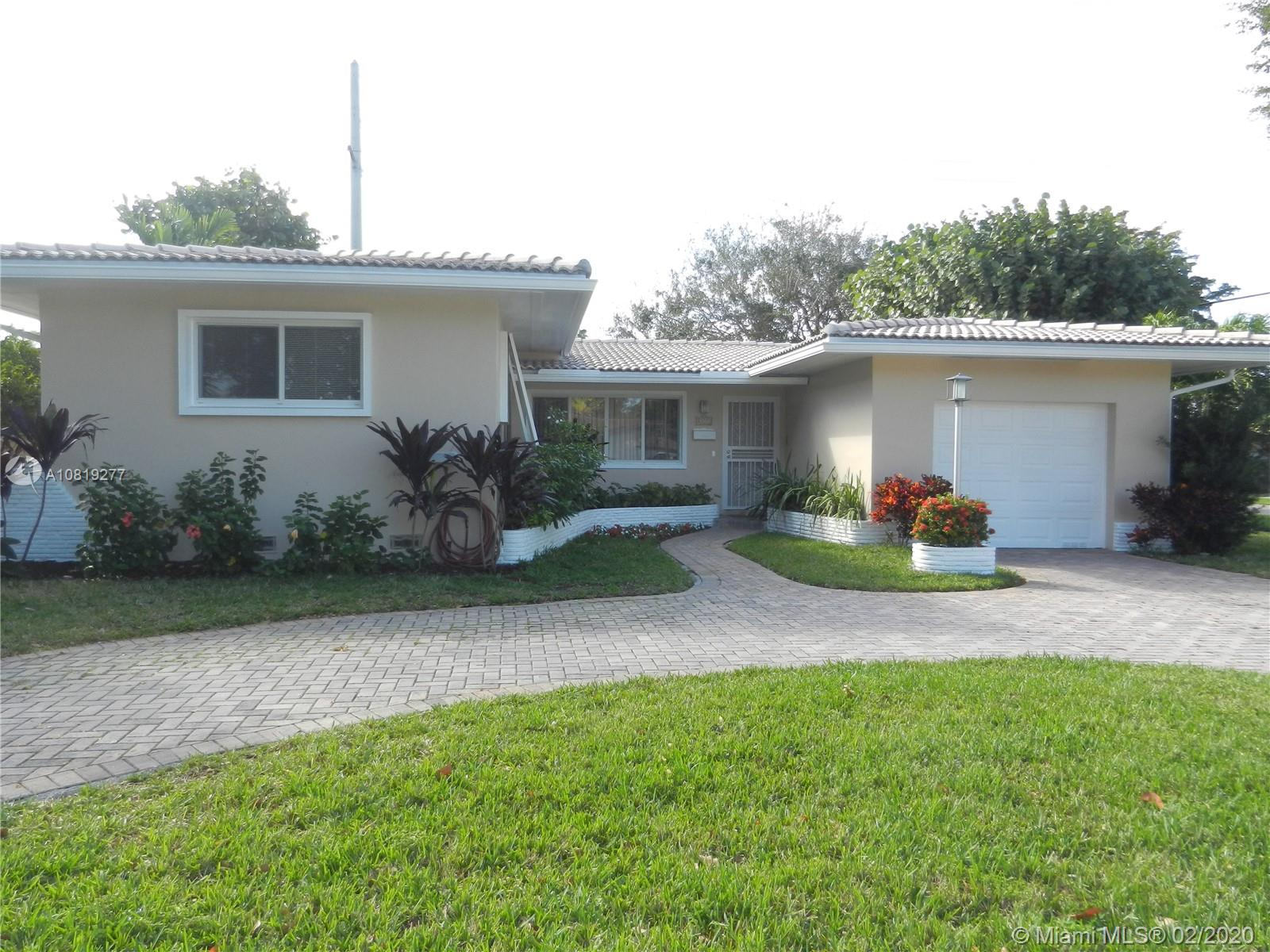 1190  Dove Ave  For Sale A10819277, FL