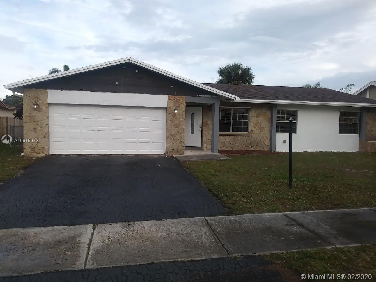 6720 NW 22nd Ter  For Sale A10819372, FL