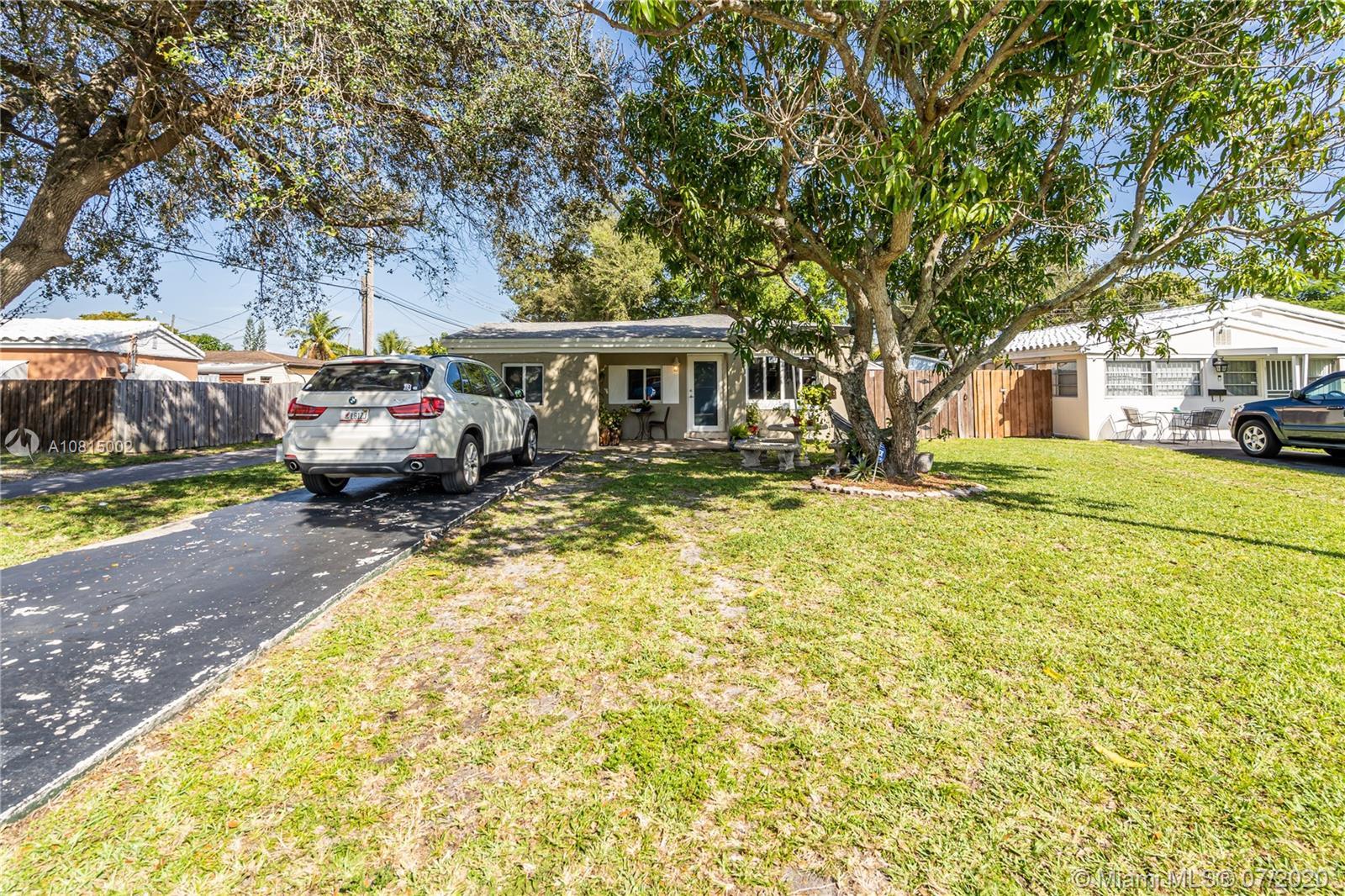 1323 NE 178th St  For Sale A10815002, FL