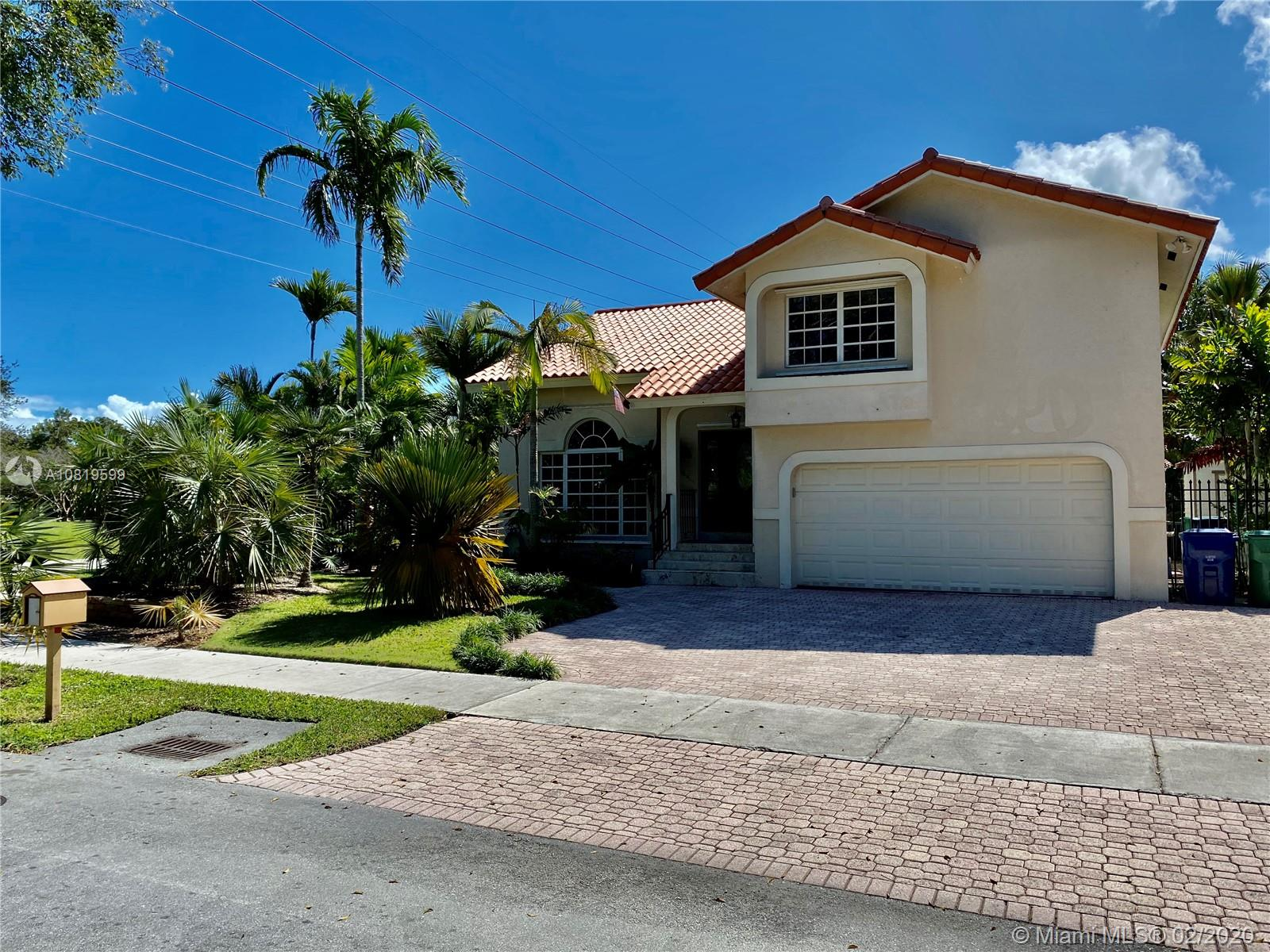 8900 SW 159th Ter  For Sale A10819599, FL