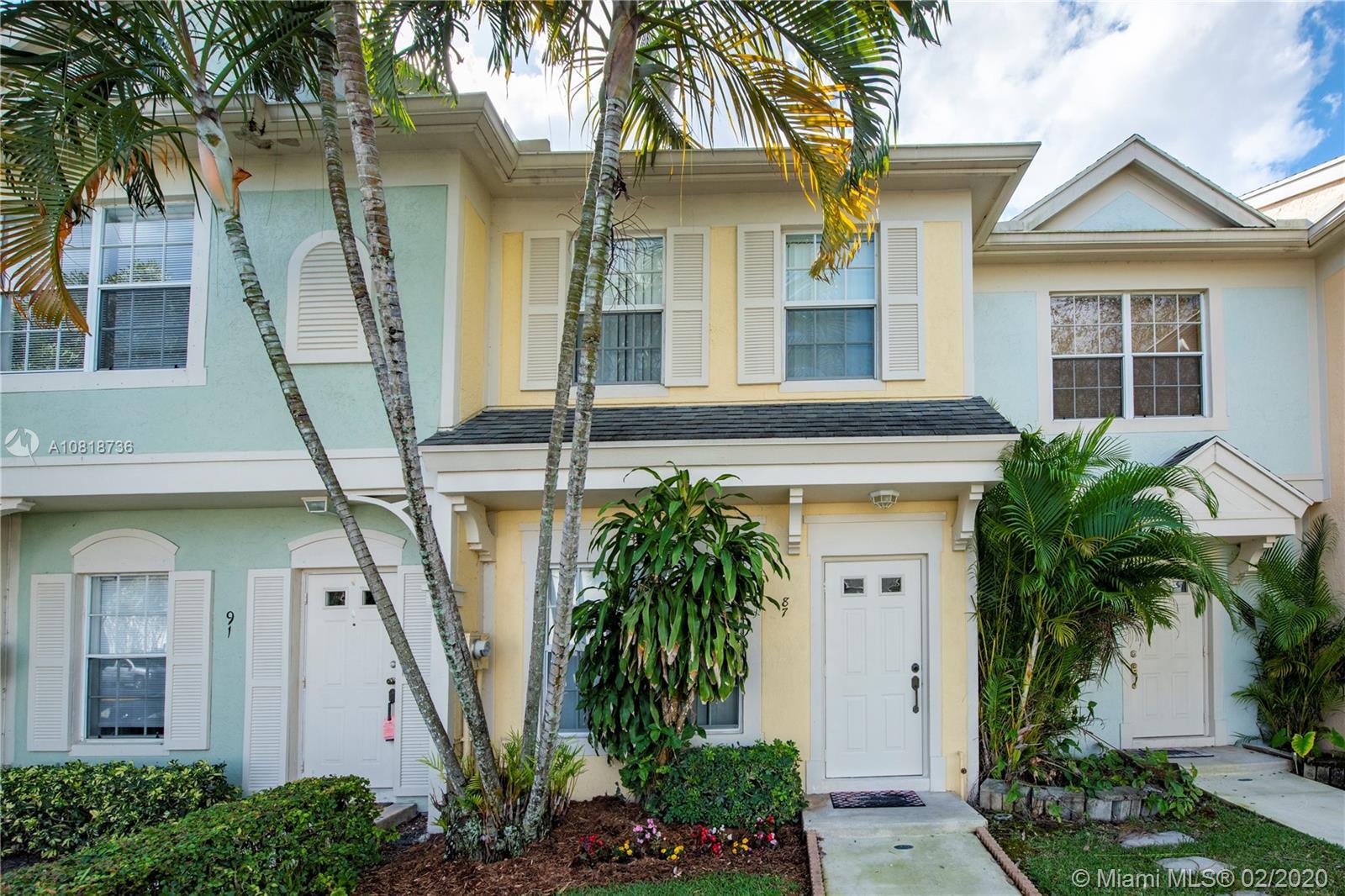 87  Simonton Cir #87 For Sale A10818736, FL