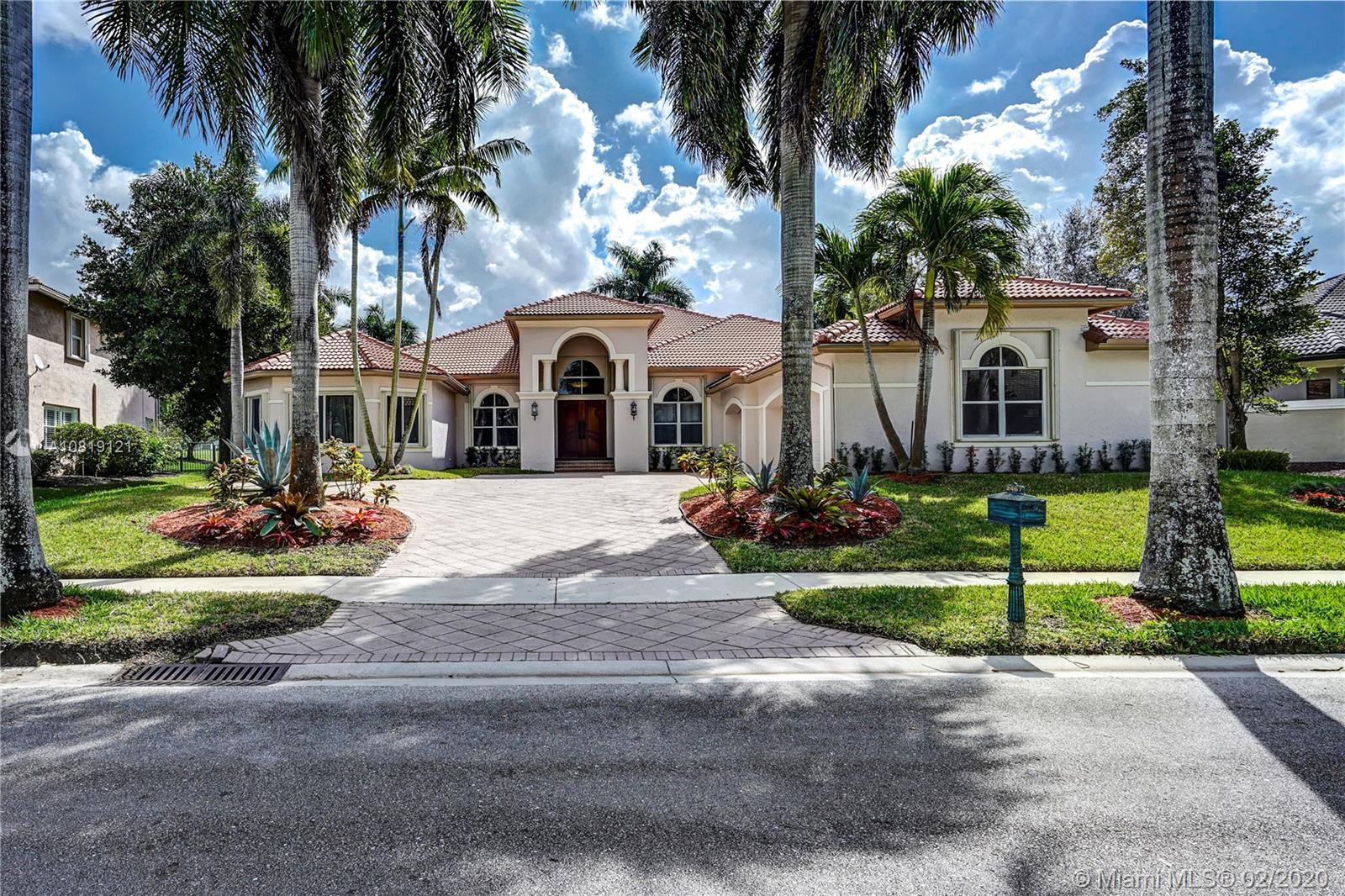 2467  Provence Circle  For Sale A10819121, FL