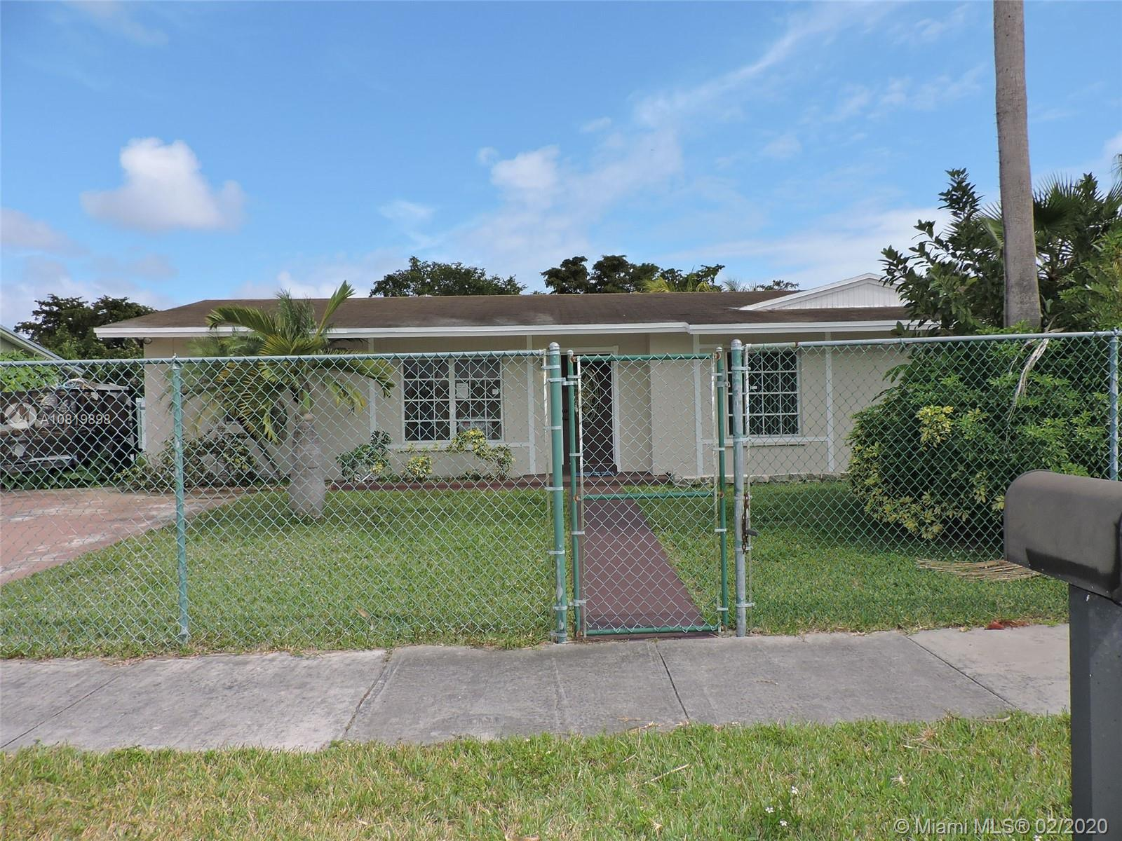 15701 SW 109th Ave  For Sale A10819898, FL