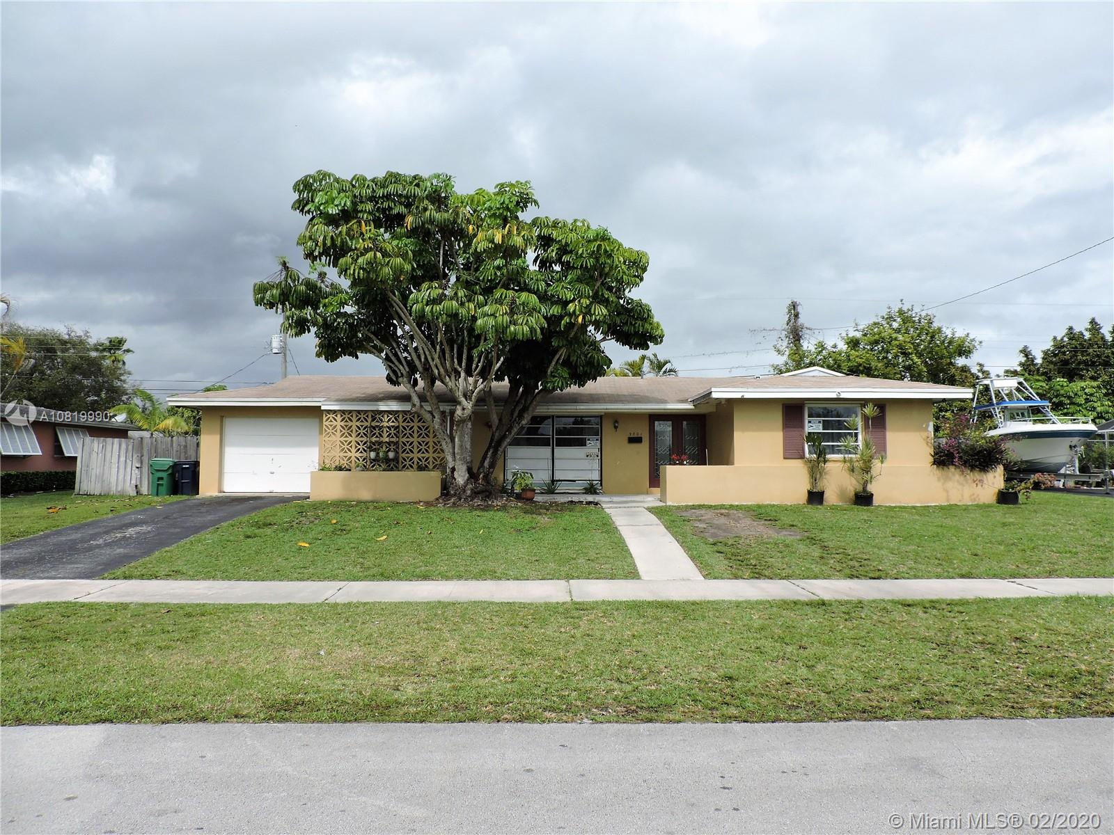 9801 SW 159th St  For Sale A10819990, FL