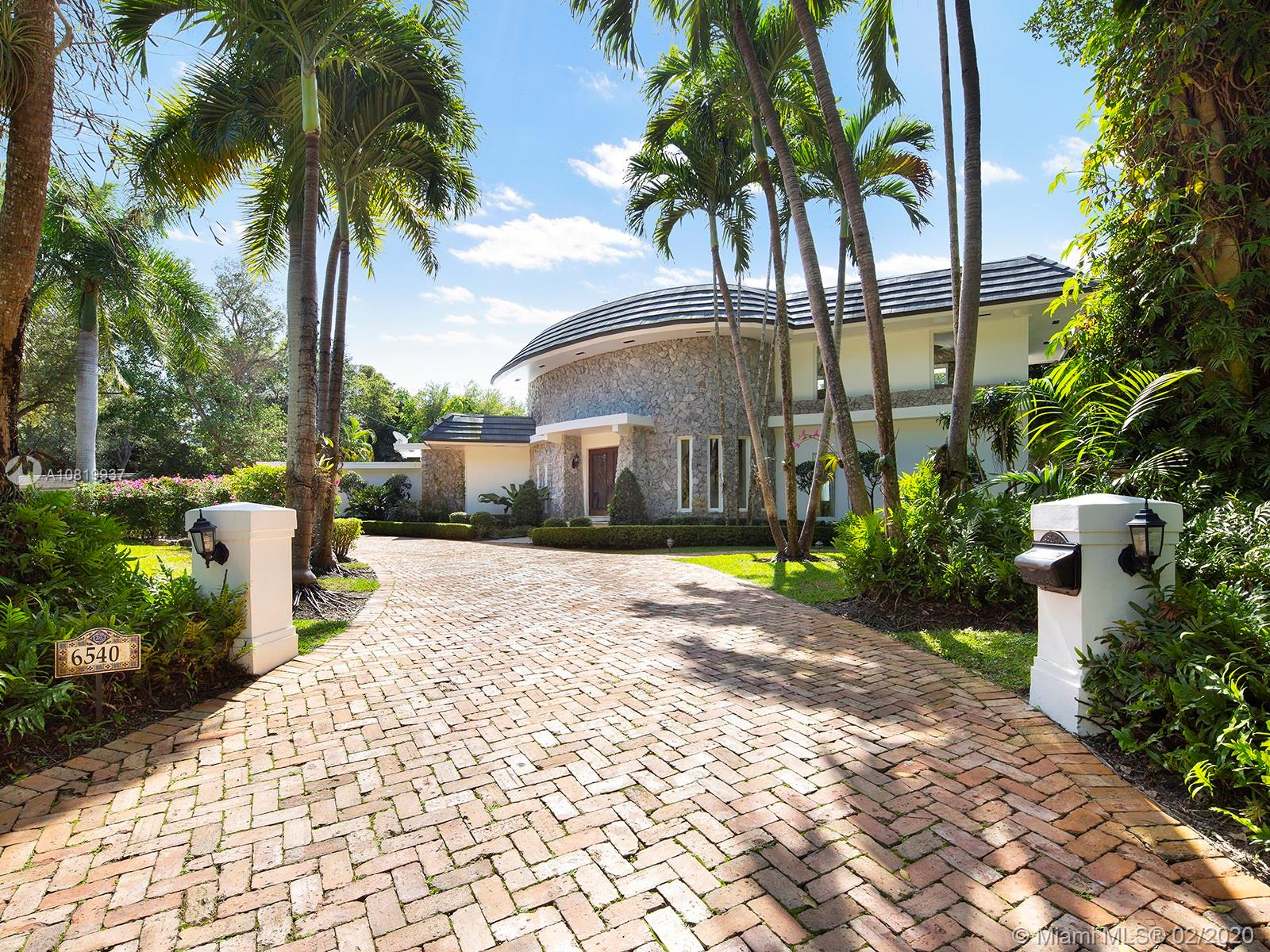 6540 SW 135th Ter  For Sale A10819937, FL