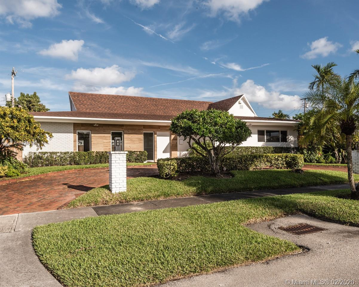 19601 NE 19th Ave  For Sale A10820106, FL