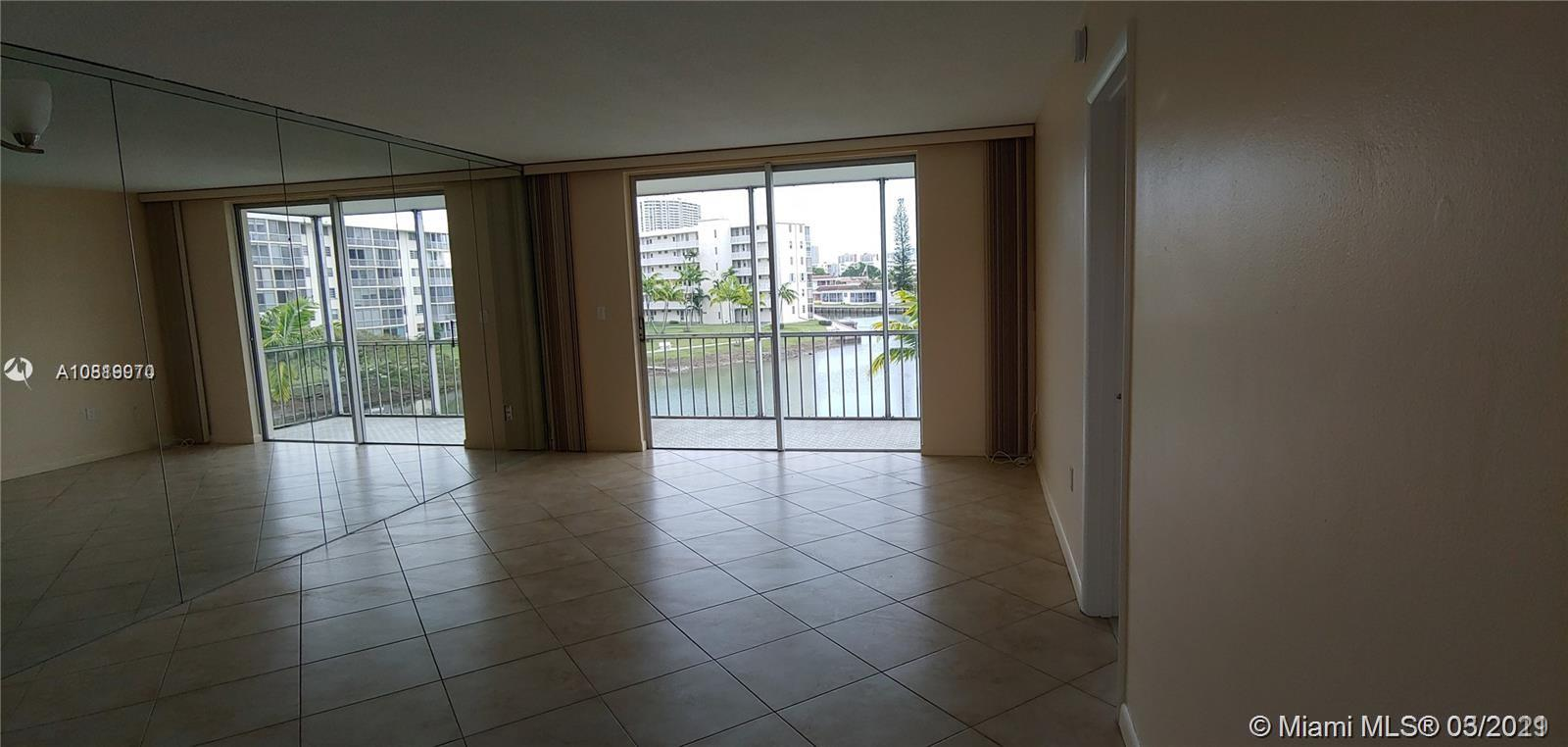 2851 E Point East Dr #J-305 For Sale A10819970, FL