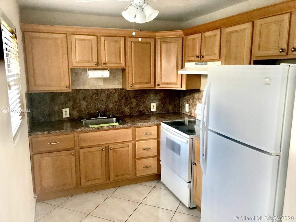 319  Mansfield #H For Sale A10820204, FL