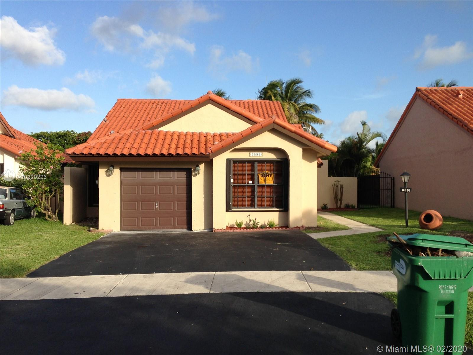 3/2  Nice lake front home in Sunset Harbor community.   Comfortable layout in a great area. Tenant occupied, will move within 30 days of contract.  Showing by appointment only.
